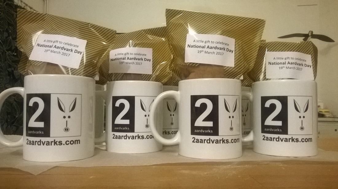 2aardvarks mugs with biscuits inside